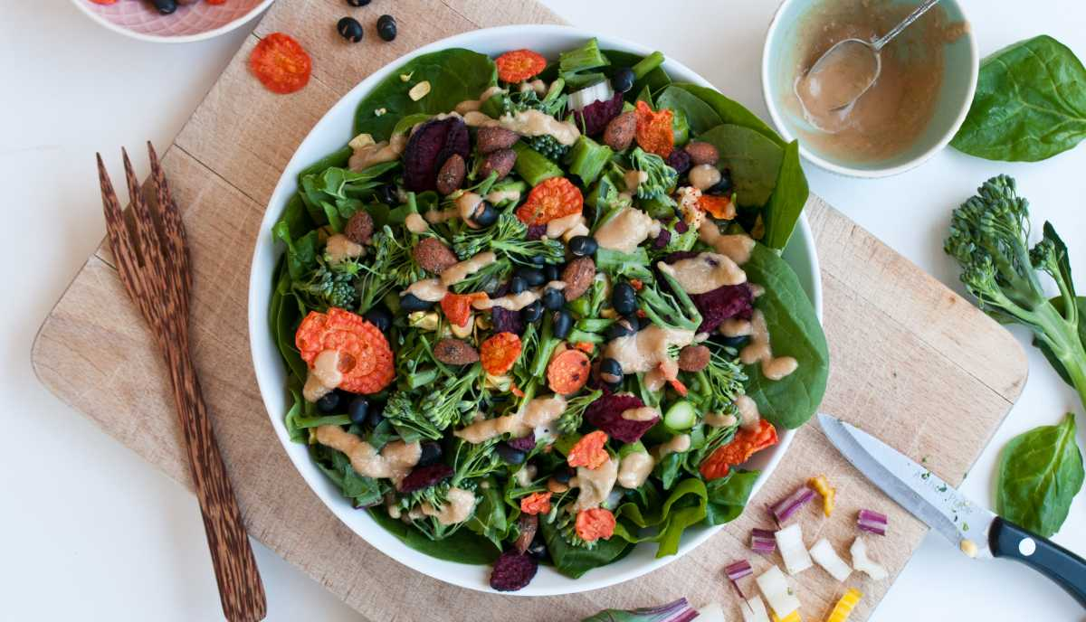 pepper protein crunch salad