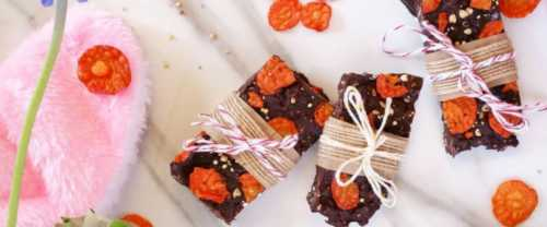carrot crisp chocolate bark header