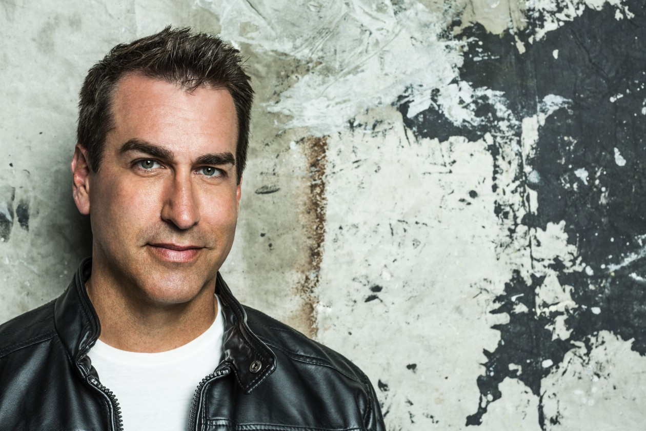 Rob Riggle Headshot