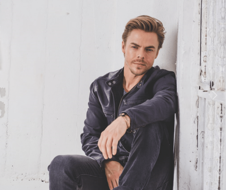 Derek Hough headshot