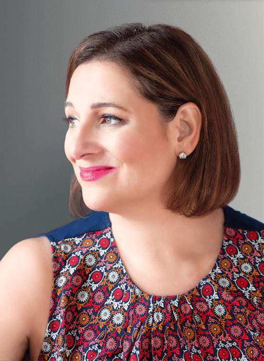 Jennifer Weiner headshot