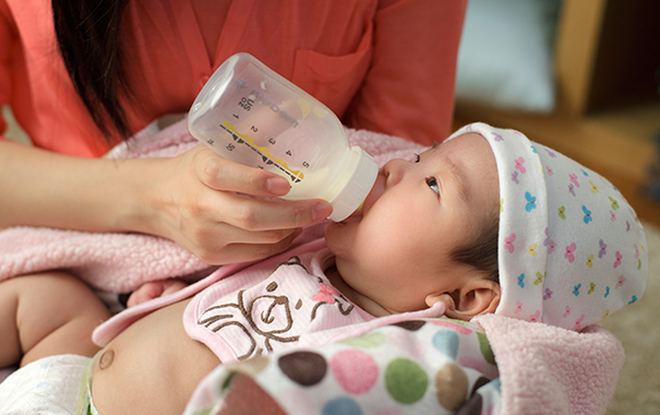 tips for dining out with your baby
