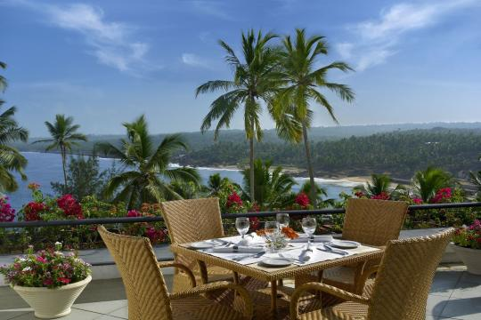INTRVRAVIZ The Raviz Kovalam BEACH VIEW ROOMBALCONY