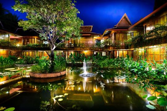 KHREPANGVI Angkor Village Hotel Pond at Night