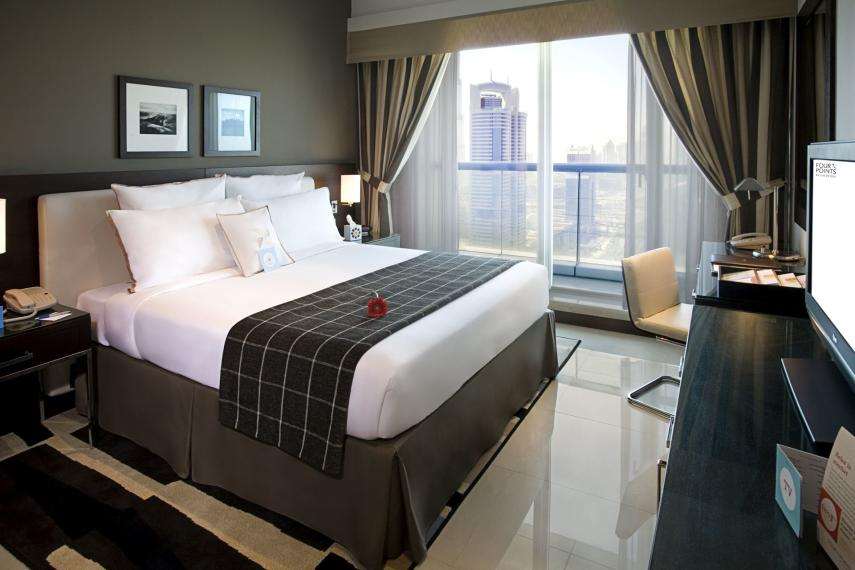 AEDXBFOUR1 Four Points Sheikh Zayed by Sheraton Classic Twin Bedroom