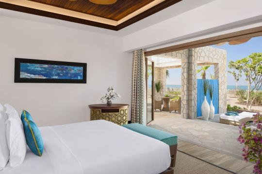 QADOHBANAN Banana Island Resort by Anantarat Seaview Suite Master Bedroom-72