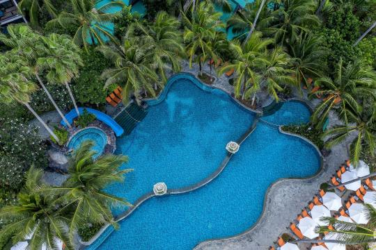 THKBVCENTR Centara Grand Beach Resort Krabi CKBR swimming-pool-11