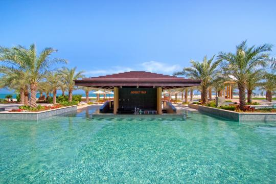 AEDXBHIRAS Hilton Resort & Spa Ras Al Khaimah Sunset Bar