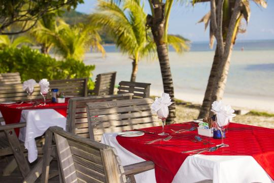 SCSEZINDIA Indian Ocean Lodge Outdoor Dining
