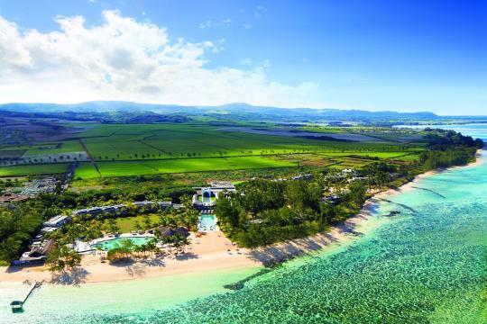 MUMRUOUTRI Outrigger Mauritius Beach Resort aerial view