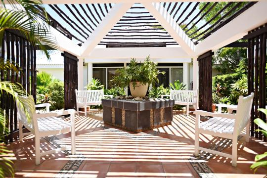 CUVRAHICAC Royalton Hicacos - Garden, Sitting Area, Lounge