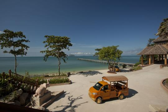THHKTSANTH Santhiya Koh Yao Yai Resort & Spa PIER AND WODDEN CAR