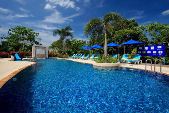 THHKTCENSV Centara Seaview Resort Khao Lak CSK swimming-pool-at-the-family-residences