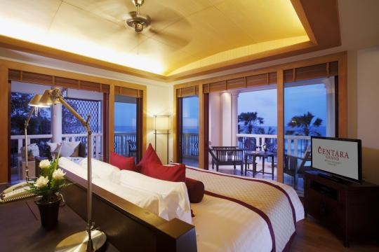 THHKTCENTG Centara Grand Beach Resort Phuket CPBR 03-premium-deluxe-ocean-facing-02