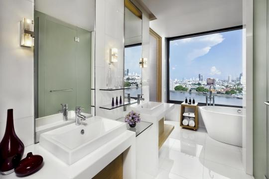 THBKKAVANI Avani+ Riverside Bangkok 02 AVANI Riverside Bangkok River View Junior Suite bathroom
