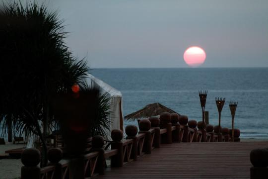 MMBSXTREAS Myanmar Tresure Beach Resort The Pink Sun