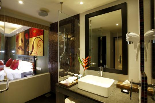 LKCMBCENBE Centara Ceysands Resort & Spa Deluxe Ocean View Bathroom