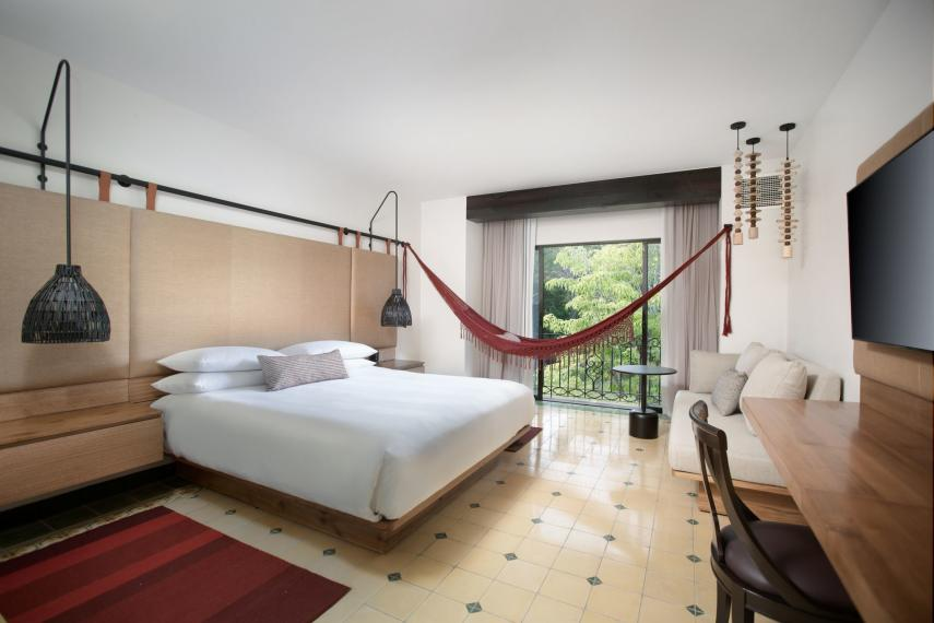 CRSJOSUENO Los Suenos Marriott Rainforest King Room