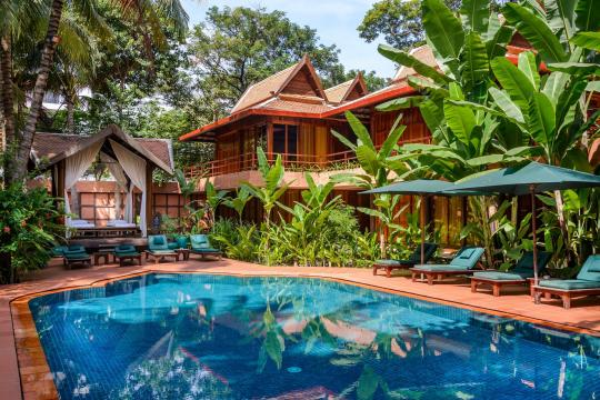 KHREPANGVI Angkor Village Hotel Swimming Pool  Daytime