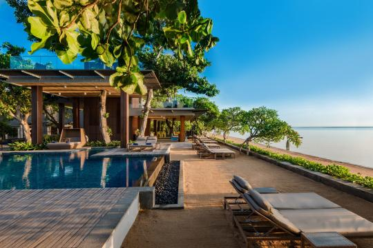 IDDPSMAYAS Maya Sanur Resort & Spa Main Pool and Tree Bar