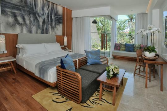 IDDPSMAYAS Maya Sanur Resort & Spa Deluxe Garden View Room from The Entrance