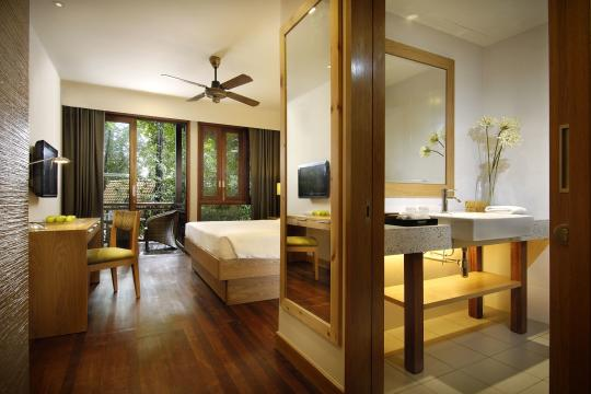 Berjaya-Langkawi-Resort-Rainforest Chalet - Bathroom View