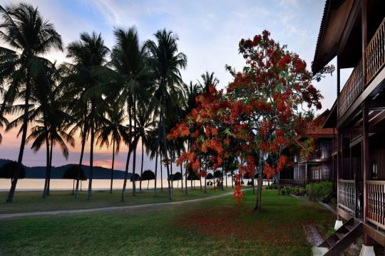 MYLGKMERIT Meritus Pelangi Beach Resort room sunset view
