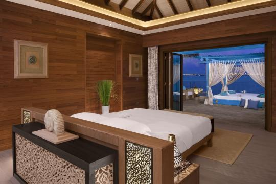 QADOHBANAN Banana Island Resort by Anantarat Three Bedroom Overwater Villa Bedroom2-677