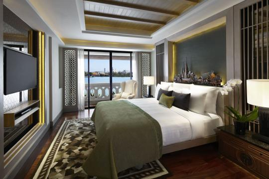 THBKKANANR Anantara Bangkok Riverside Resort & Spa 08 Two Bedroom Chao Phraya River Suite Master Bedroom