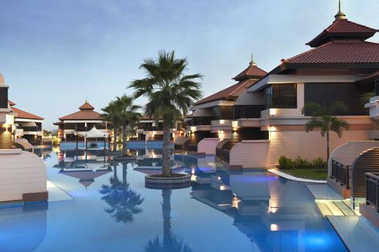 AEDXBANANT Anantara Dubai The Palm Resort Lagoon Villas View