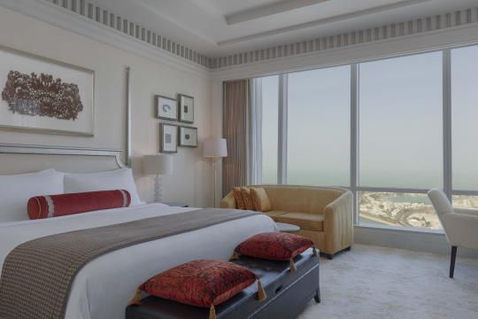 AEAUHTHEST St. Regis Abu Dhabi Corniche Superior Room King