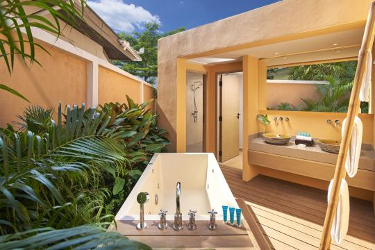 Amari Vogue Krabi One Bedroom Pool Villa Bathroom