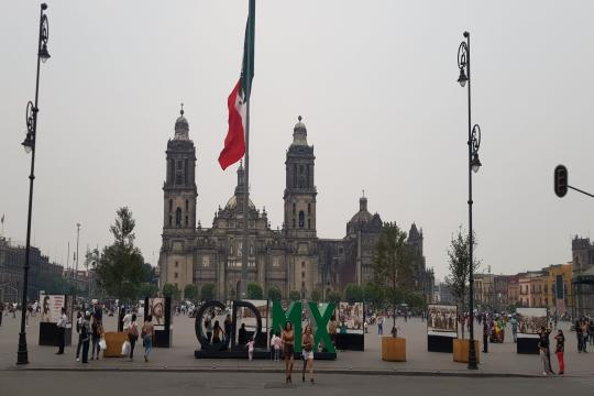 MX Mexiko City Zocalo Mexiko Stadt mit Kathedrale