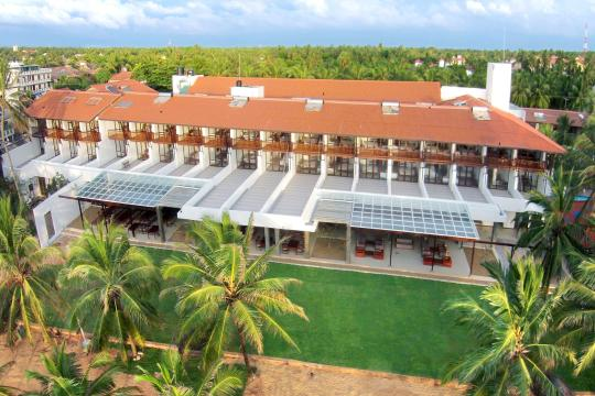 LKCMBGOLDI Goldi Sands Negombo Aerial View