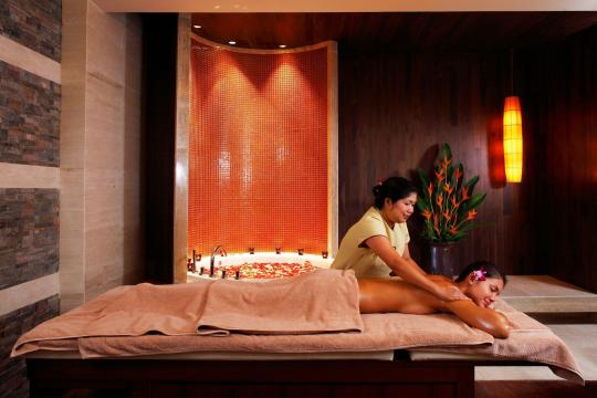 THHKTCENTG Centara Grand Beach Resort Phuket CPBR spa-cenvaree-treatment-room-03