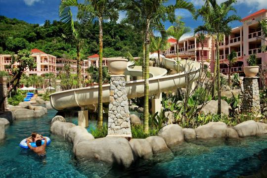 THHKTCENTG Centara Grand Beach Resort Phuket CPBR lazy-river-with-slides