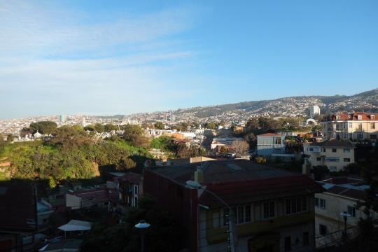 Chile2 chi valparaiso city view 01 c sat sb (3)