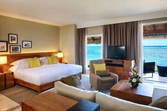 MUMRUOUTRI Outrigger Mauritius Beach Resort Beach Front Junior Suite