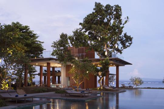 IDDPSMAYAS Maya Sanur Resort & Spa Tree Bar Edit