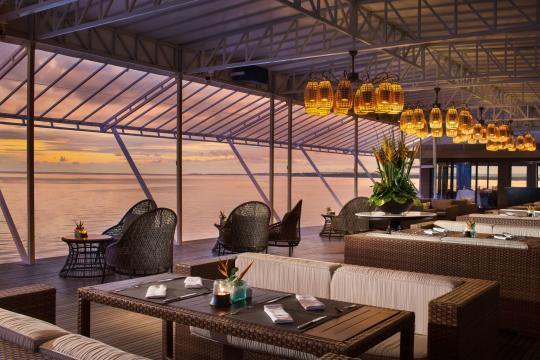 IDDPSPURIS Puri Santrian Alfresco Dining Area Sunset