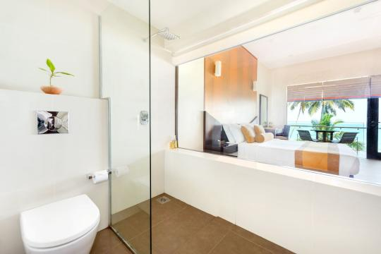 LKCMBSHINA Shinagawa Beach Bathroom of Deluxe Room With View of Ocean