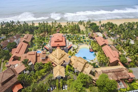 LKCMBROYAP Royal Palms Aerial View