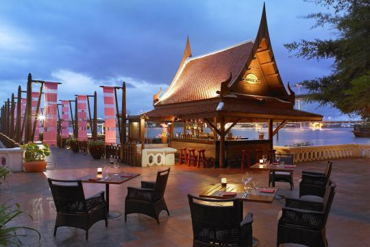 THBKKANANR Anantara Bangkok Riverside Resort & Spa 32 Longtail Bar