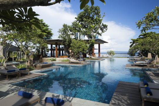 IDDPSMAYAS Maya Sanur Resort & Spa Main Pool Daytime
