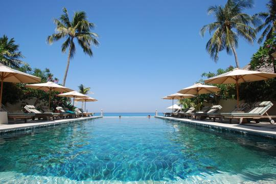 IDAMIPURIM Puri Mas Boutique Resort & Spa Puri Mas Beach Resort Infinity Pool