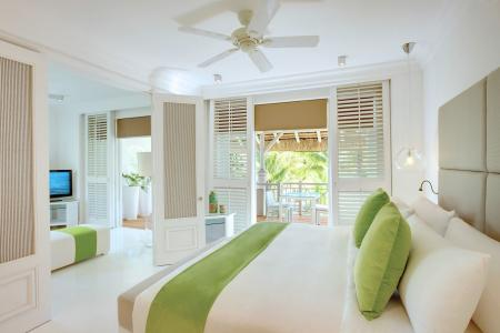 MUMRUBMARE Lux Belle Mare Honeymoon Suite