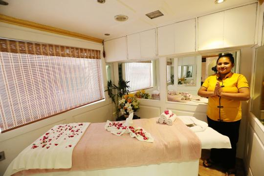 IN Indien Palace on Wheels spa01-palaceonwheels