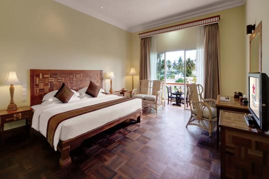 KHPNHSOKHA Sokha Beach Resort & Spa Deluxe Lakeside Double