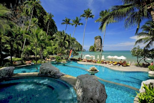 THKBVCENTR Centara Grand Beach Resort Krabi CKBR swimming-pool-05