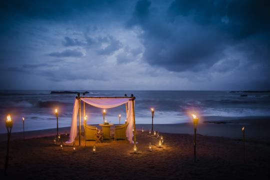 KCMBANANT Anantara Tangalle Anantara Tangalle Dining by Design Beach 01 G A L
